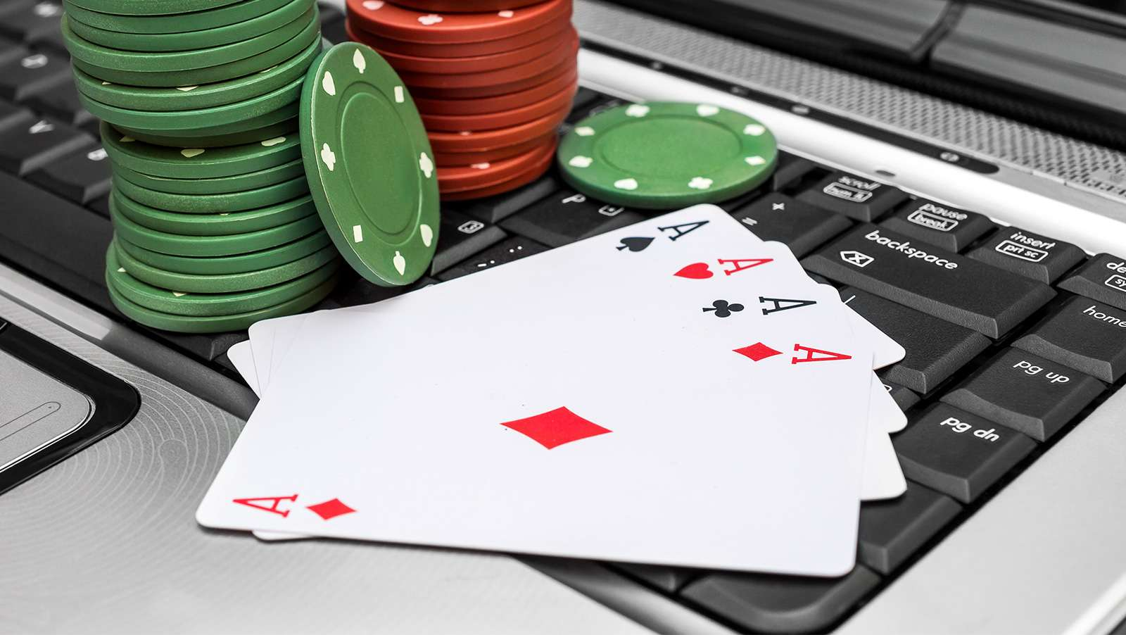 Online poker – Skill or luck based game!