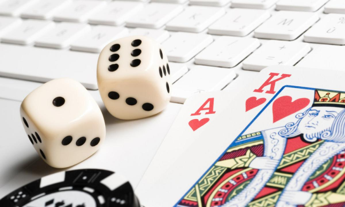 Identify the number of odds in the online casinos if you want to make a win in the games.