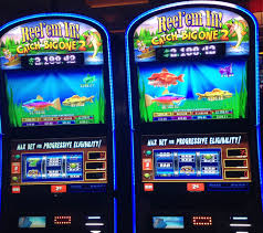 Winning at Online Slot Machine - Benefits Of Playing